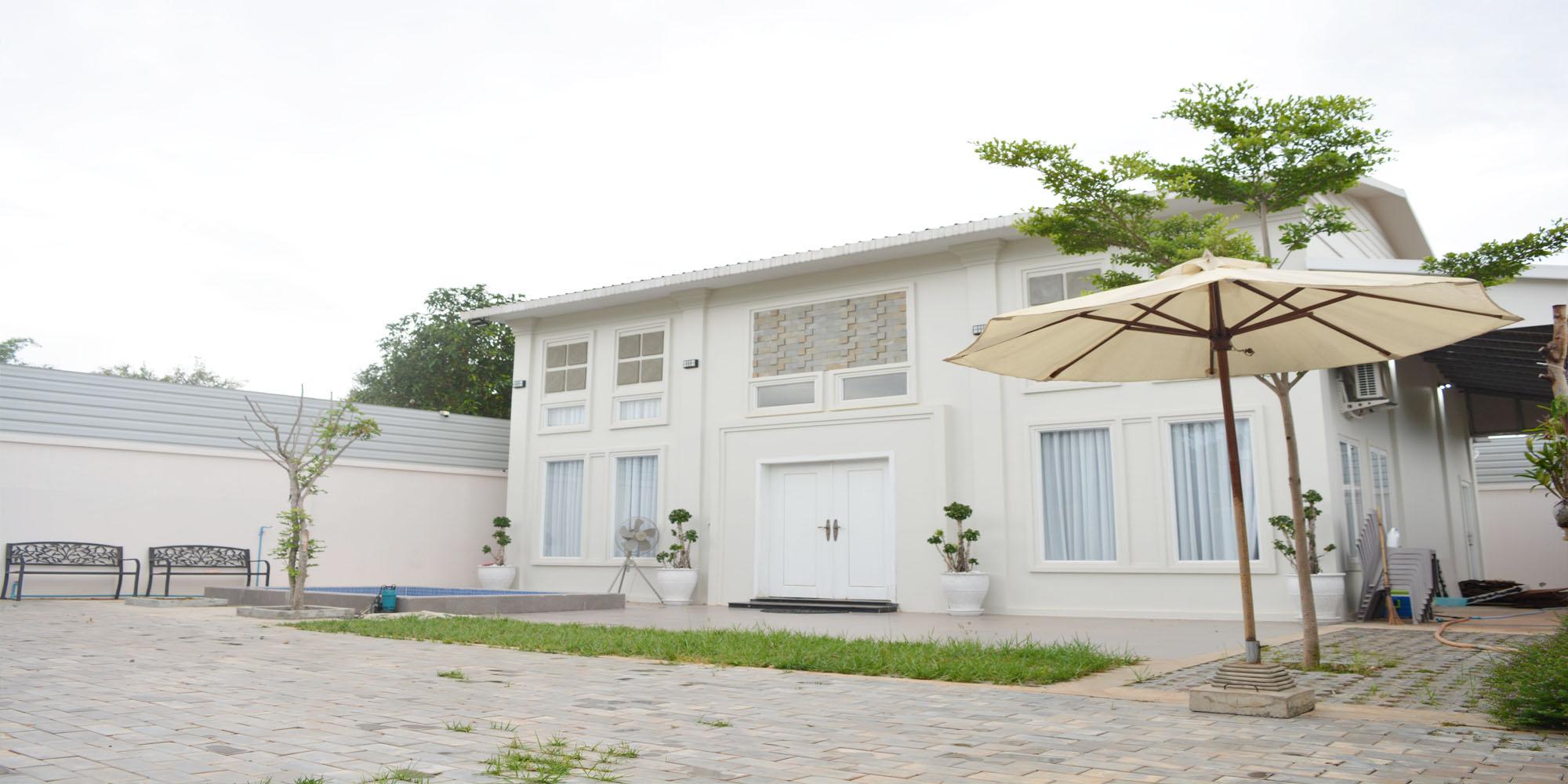 Luxury and Brand New 4 – Bedroom Villa for Rent in Siem Reap – Slor Kram [POOL]